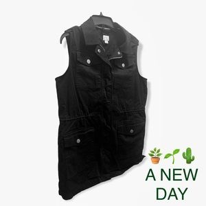 A NEW DAY utility vest LIKE NEW